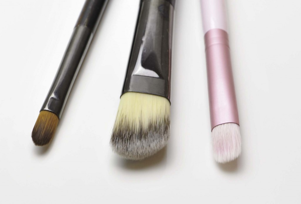 concealer_brushes
